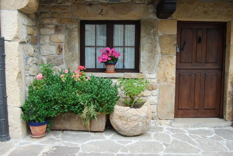 entrada a la casa II - casaruralenasturias.net