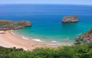 Playa de la Ballota en Andrín (Llanes)
